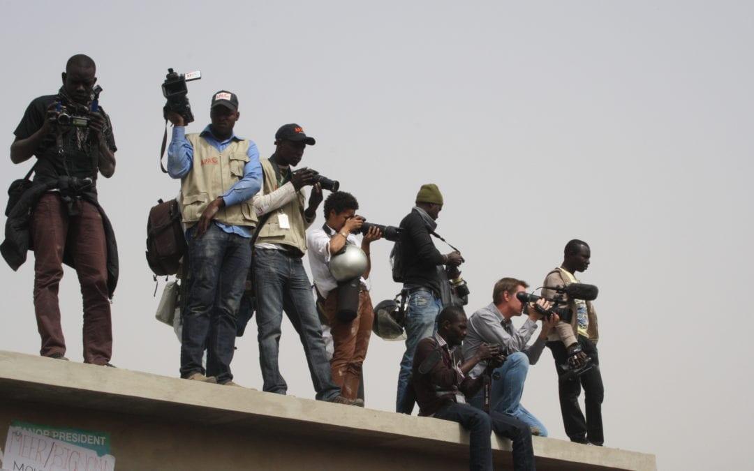 Colloque: les journalistes et le débat démocratique, tansformation médiatiques, crise de l'information et publics