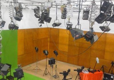 Système d'éclairage studio télé